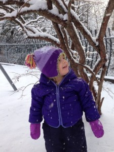 toddler snow1